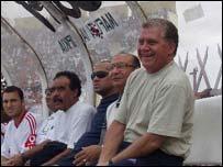 Carlos Roberto Cabral (far right)