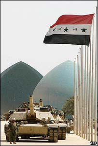 US tanks in position at the Martyrs' Monument in Baghdad