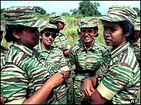 Women Tamil Tiger fighters