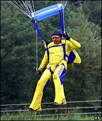 Juergen Moellemann during parachute drop