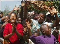 Cheering crowds in Bunia