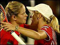 Kim Clijsters (left) and Justine Henin-Hardenne