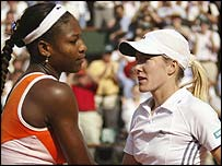 Serena Williams and Justine Henin-Hardenne shake hands after their semi-final