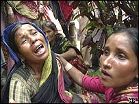 Mother mourns loss of daughter in disaster near Dhaka