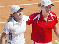 Justine Henin-Hardenne (left) and Kim Clijsters