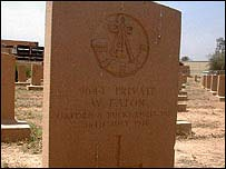 A grave of a British soldier killed in Iraq (Mesopotamia) in 1917