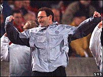 Celtic boss Martin O'Neill celebrates