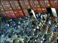 Refugees on Norwegian ship Tampa in August 2001