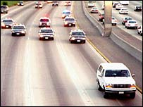 US police chase OJ Simpson through southern California
