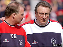 Kevin Blackwell (left) and Sheffield United manager Neil Warnock