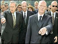 US Defence Secretary Donald Rumsfeld (L) and German counterpart Peter Struck