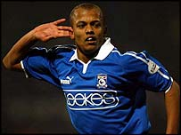 Cardiff striker Robert Earnshaw