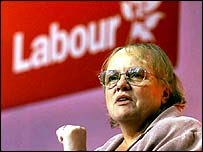 Mo Mowlam speaking at the 2000 Labour Party conference