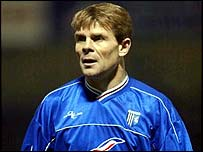 Andy Hessenthaler in last season's blue kit