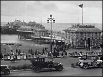 West Pier, late 1920s - picture courtesy of Royal Pavilion, Libraries and Museums, Brighton and Hove