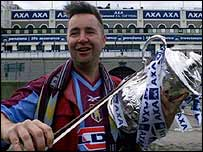 Aston Villa fan Nigel Kennedy