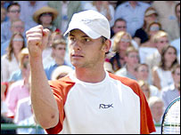 Andy Roddick claims the title at Queen's Club