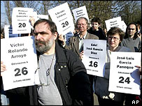 Rally in Prague condemns imprisonment of 70 Cuban journalists and other intellectuals this April