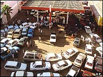 Petrol queue in Harare