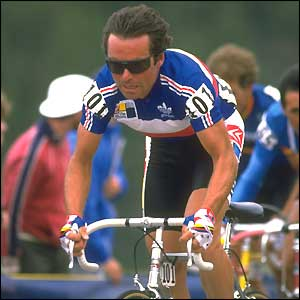 Bernard Hinault rides during the 1986 World Cycling Championships