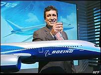 Boeing's new Dreamliner 7E7