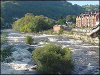 Llangollen river