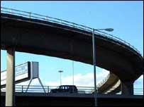 Kingston Bridge (Freefoto)