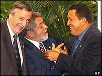Argentine President, Nestor Kirchner (let),  Brazilian President Inacio Lula Da Silva (centre) and Venezuela's Hugo Chavez, Asuncion, Paraguay, 18 June 2003