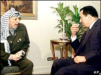 Palestinian leader Yasser Arafat (left) and Egyptian President Hosni Mubarak
