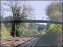 Novington Lane footbridge