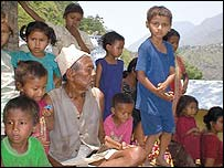 Displaced indigenous people near the Kaligandaki dam