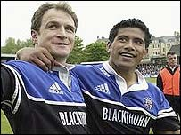 Bath's Mike Catt and Elvis Seveali'i