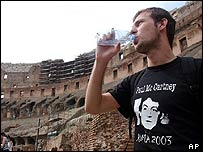 A fan with a Paul McCartney T-shirt inside the Colosseum
