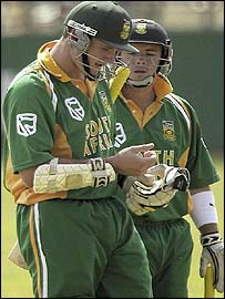 Graeme Smith and Herschelle Gibbs