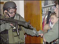 Elian is taken by federal agents