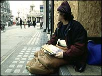 _39211865_homelesssit203.jpg