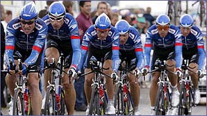 Lance Armstrong leads his US Postal team in the team time trial