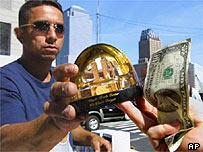 Ground Zero souvenir seller