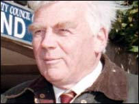 Former High Court judge Sir Oliver Popplewell