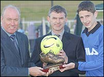 NI manager Sammy McIlroy, former Glentoran midfielder Jim Cleary and Craig Cathcart