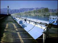 Solar array in California   Autocat 1999 EyeWire, Inc.