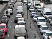 Queuing traffic