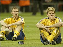 Southampton strikers Brett Ormerod (left) and James Beattie look on after losing to Arsenal in the FA Cup final at Cardiff's Millennium Stadium