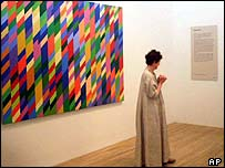 Bridget Riley at the opening of Tate Modern