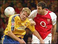 Southampton striker James Beattie (left) and Arsenal defender Martin Keown