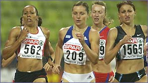 Kelly Holmes in action during last year's European Championships