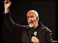 Peter Gabriel performing in Paris on 14 May