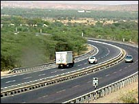 The four-lane highway between Delhi and Jaipur