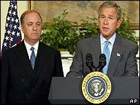 Randall Tobias (l) with President Bush