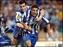 Porto striker Derlei